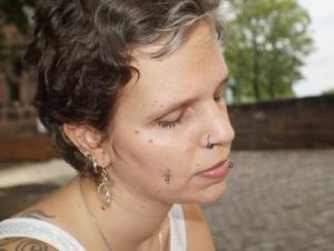 Close-up Halbseitenprofil einer Frau